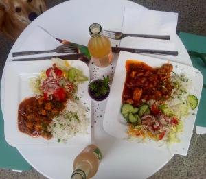 Nigrisches Huhn mit Reis